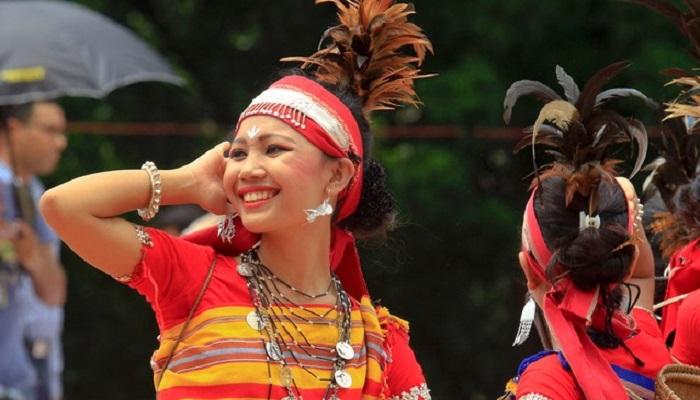 টাঙ্গাইলের আদিবাসী সংস্কৃতি কর্মীরা এখন দিনমজুর