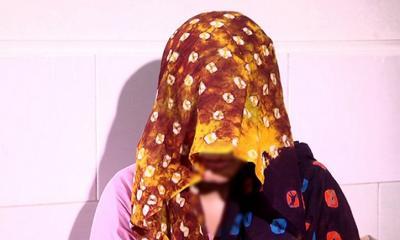 করোনা রোগী তল্লাশির নামে তুলে নিয়ে কিশোরীকে গণধর্ষণ