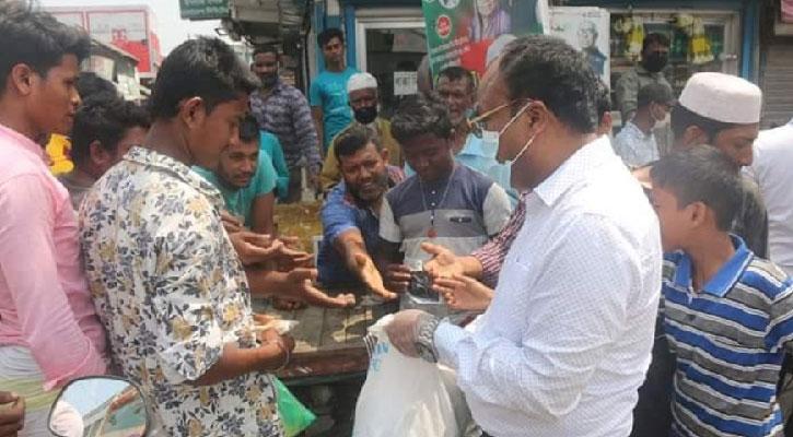 মোংলায় করোনাভাইরাস রোধে পৌর কর্তৃপক্ষের নানা কর্মযজ্ঞ