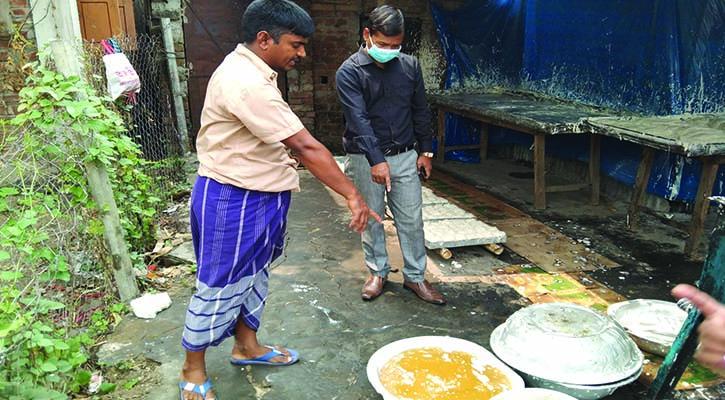 দুপচাঁচিয়ায় লাচ্ছা সেমাই কারখানায় জরিমানা