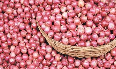 পেঁয়াজ আমদানির শর্ত শিথিল করলো ভারত
