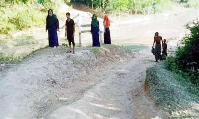 ব্রিজ না থাকায় দুর্ভোগে গাজীপুরের মানুষ
