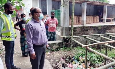 কালিয়ায় সরকারি জমি দখল করে অবৈধ স্থাপনা নির্মাণ