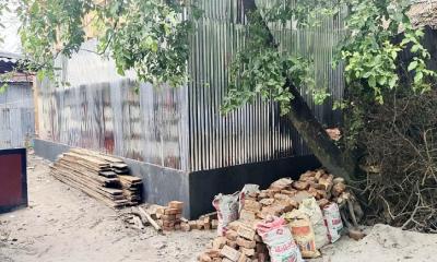 কুয়াকাটায় পাউবো'র কোটি টাকার জমিতে অবৈধ স্থাপনা