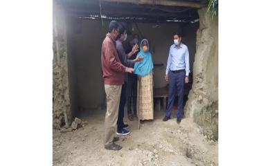 জেলা প্রশাসকের আশ্বাসে ঘর পাচ্ছেন ৭০ বছরের মর্জিনা