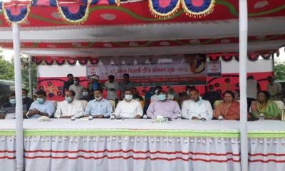 সিরাজগঞ্জে মাদক বিরোধী প্রীতি ভলিবল ম্যাচ অনুষ্ঠিত